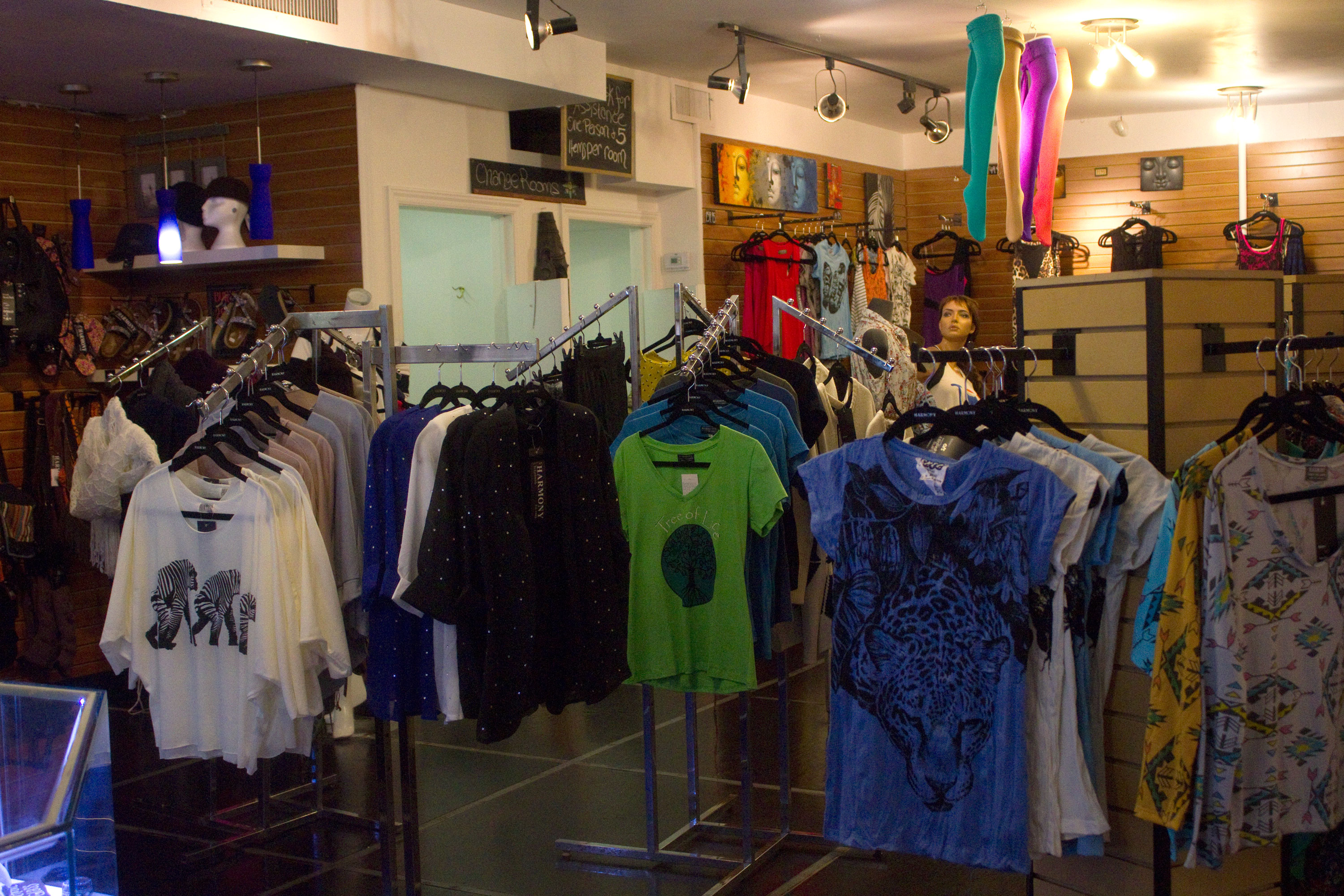 Waterloo clothing stores