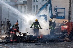 Crews battle the blaze at 345 King St. (Photo by Nick Lachance)