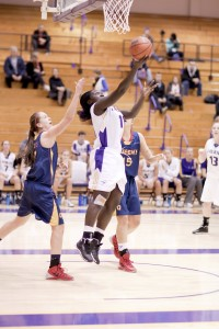 Laurier's women's basketball team is off to their best start since 2010-11. (Photo by Heather Davidson)