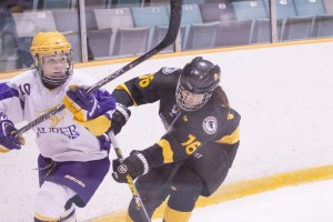 Women's hockey defeated Waterloo 3-1 Thursday night. (Photo by Madeline Turriff)